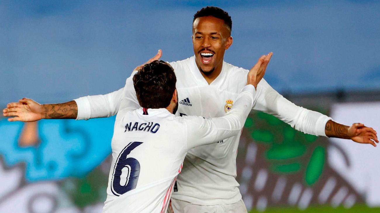 2-0. Militao  desatasca al Madrid