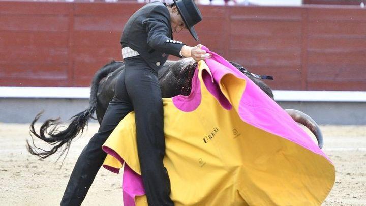 Los toros vuelven a Las Ventas con un gran triunfo de Ventura y El Juli