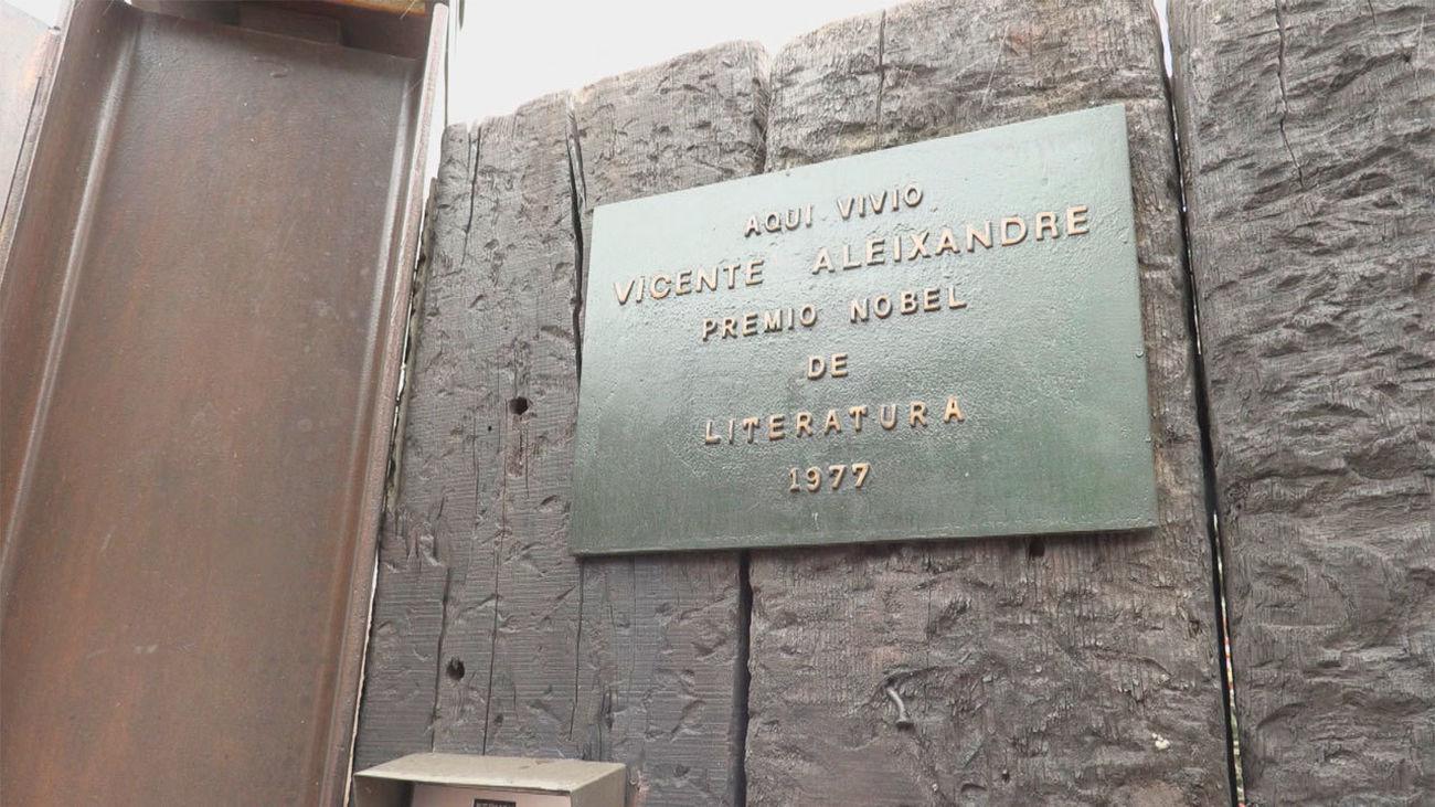 Así es la casa donde vivió el poeta Vicente Aleixandre en Miraflores de la Sierra