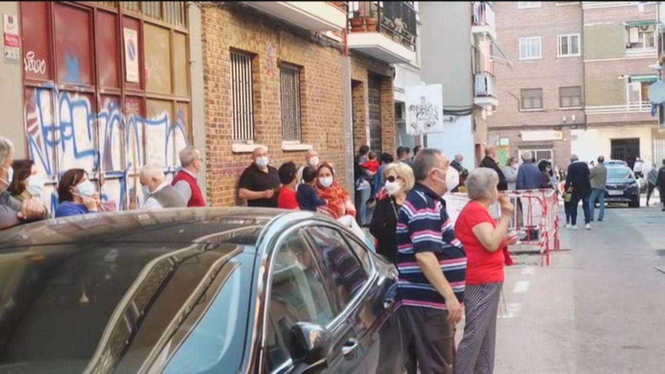 El administrador único de los dos edificios okupados en Carabanchel pide el desalojo