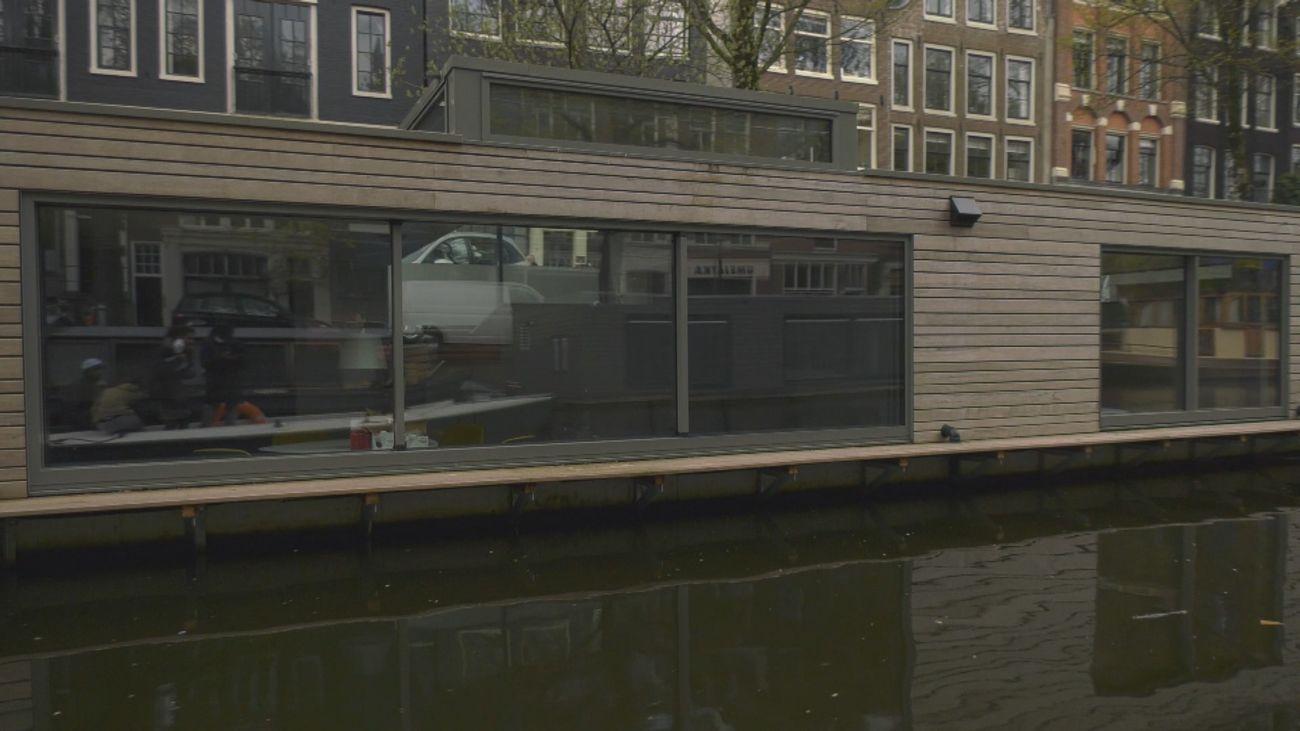 Las casas flotantes de Ámsterdam, viviendas de lujo