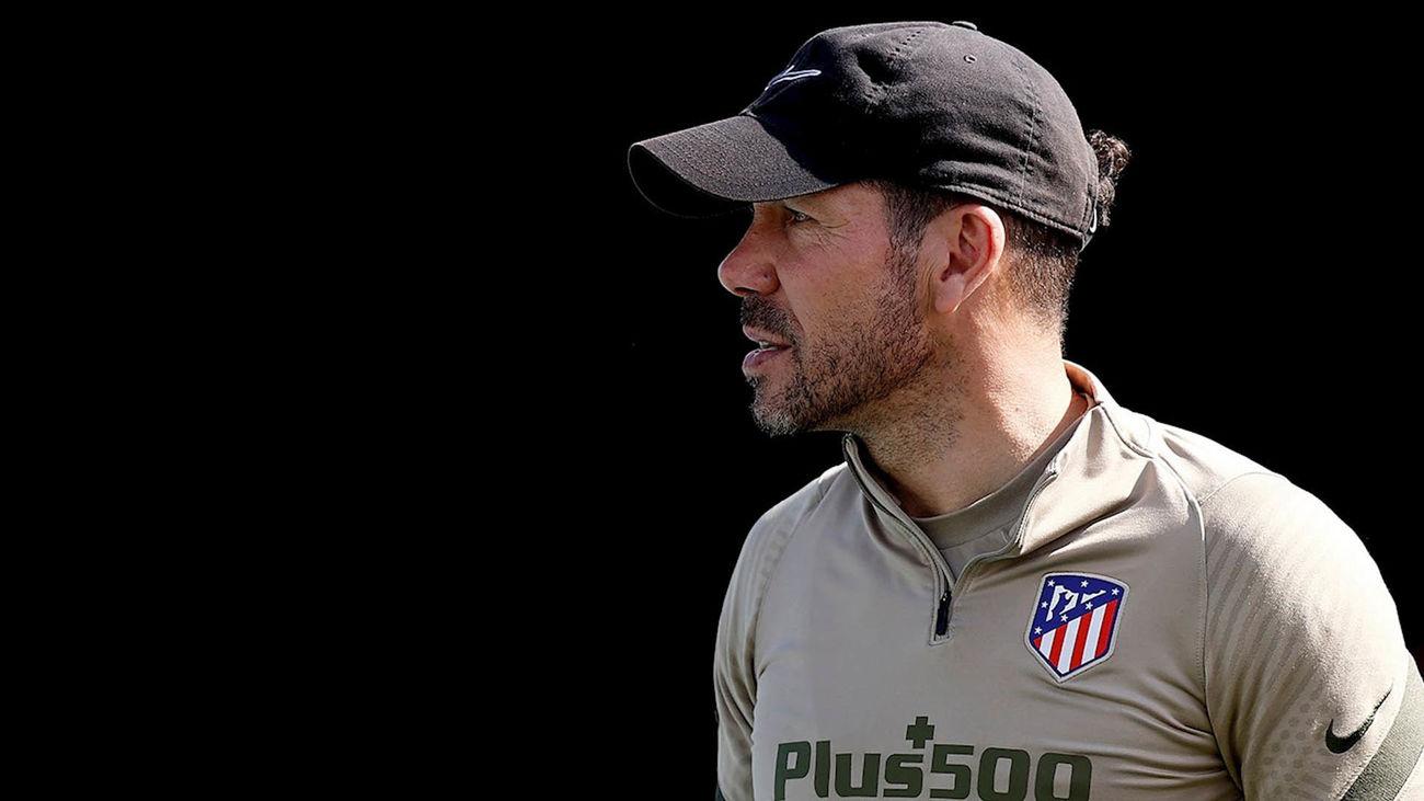 """Simeone: """"¿Ganar en el Camp Nou? Siempre hay una primera vez para todo"""""""