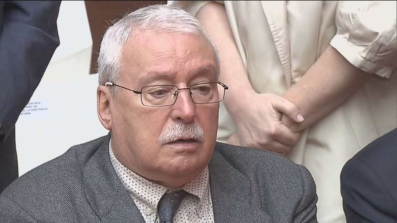 Leguina se defenderá en los tribunales si Sánchez le expulsa del PSOE