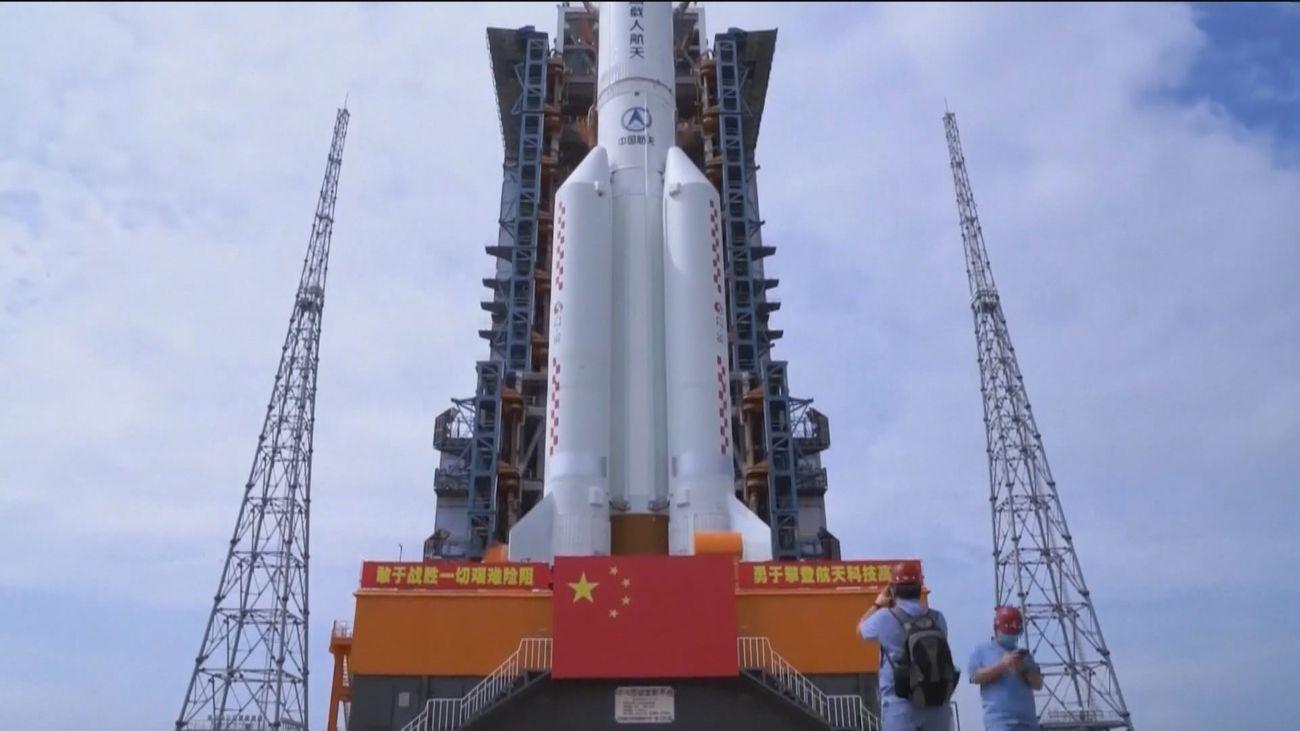 El Ejército del Aire realiza un seguimiento de la trayectoria  de los restos del lanzador chino CZ-5B