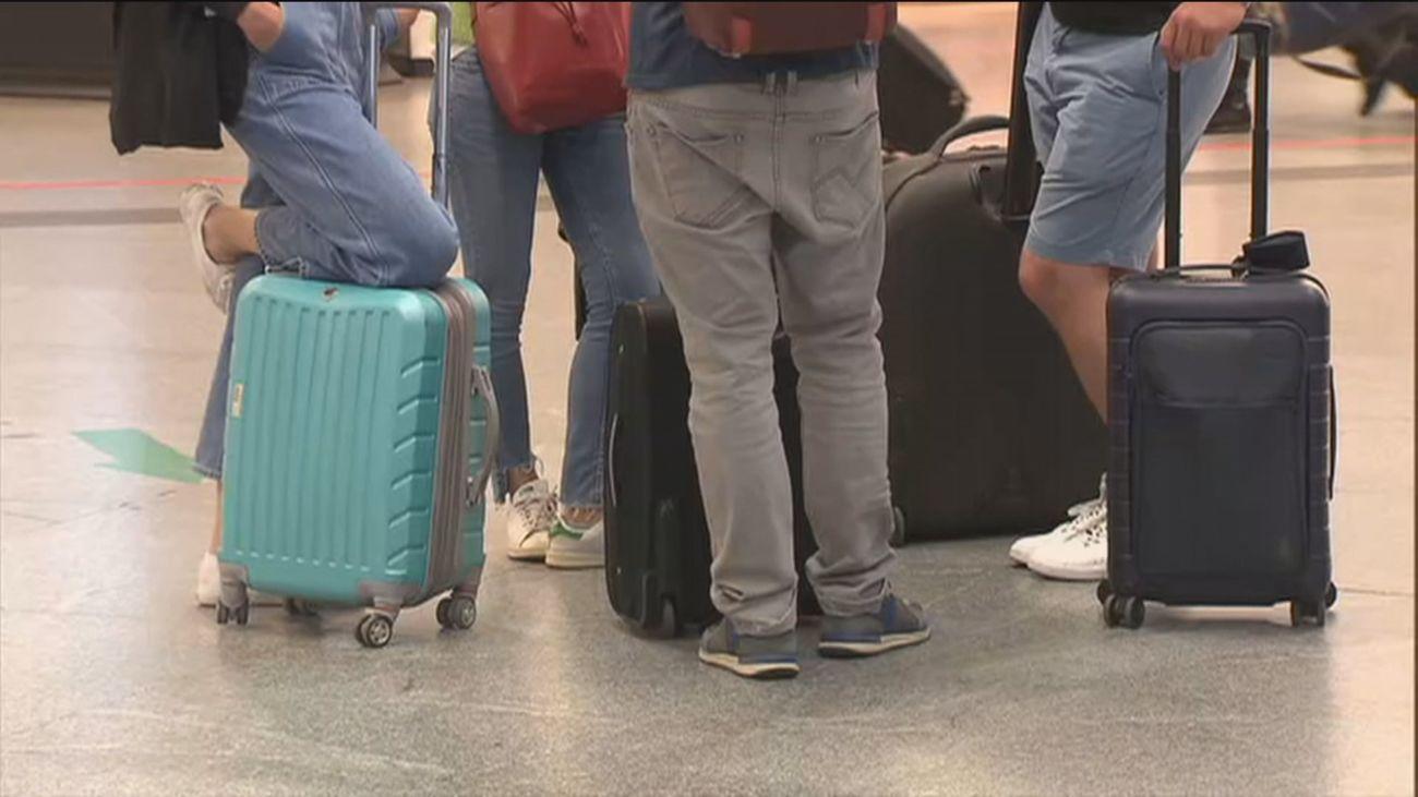 El trasiego de maletas vuelve a ser protagonista en Atocha
