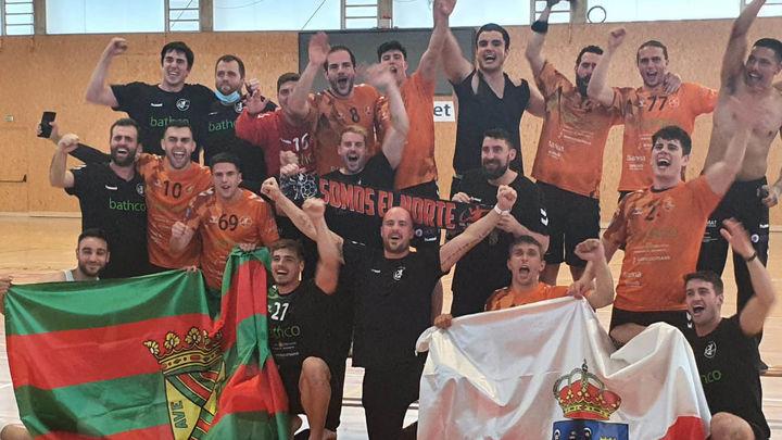 El madrileño Alex Mozas asciende al Torrelavega a la Liga ASOBAL de balonmano