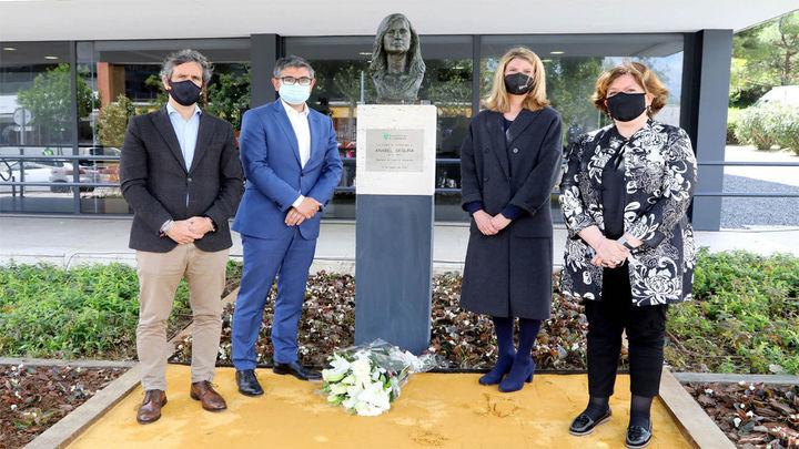 Alcobendas homenajea con un busto a Anabel Segura, asesinada hace 28 años