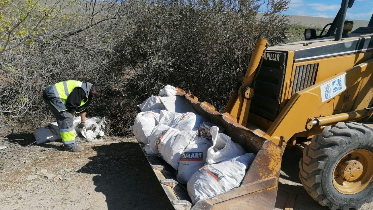 'Arganda Limpia' pide al Ayuntamiento que ponga fin a los vertederos ilegales
