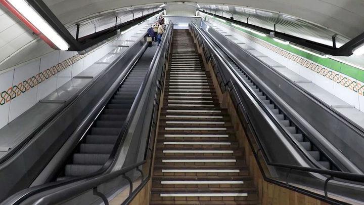 La escalera más larga del metro de Madrid: La Latina