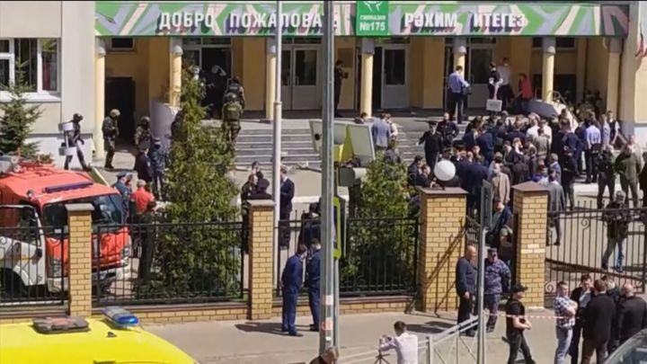 Ocho muertos, 7 niños y una profesora, en un tiroteo en una escuela en Kazán (Rusia)
