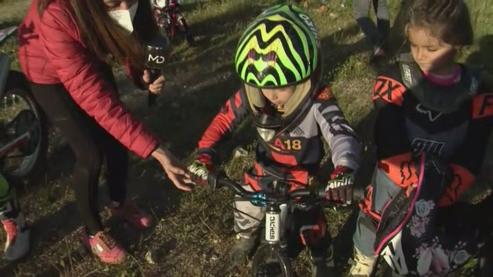La primera escuela municipal de motocross para niños está en Moralzarzal