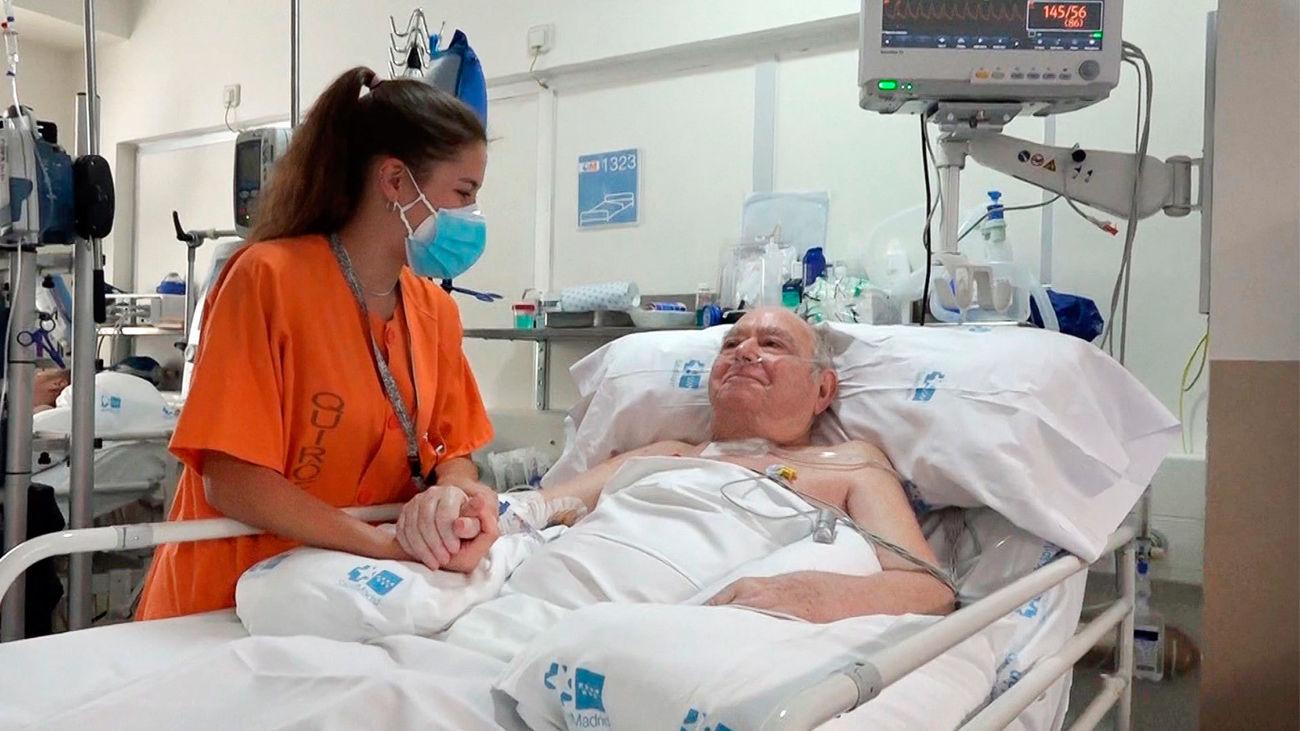"""La enfermería se reivindica en el trabajo colectivo de la sanidad: """"los héroes están siempre en un equipo"""""""