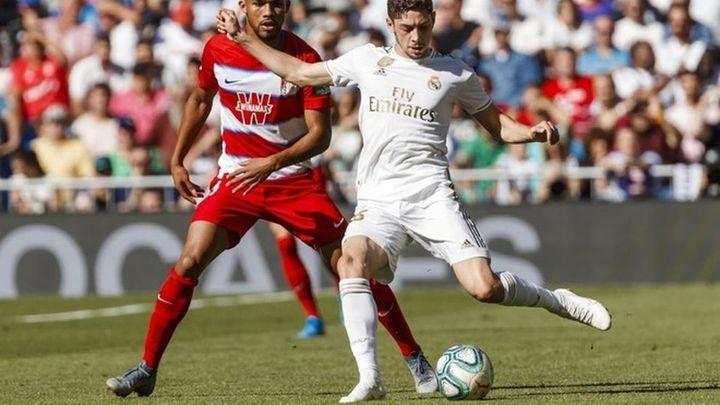 El Real Madrid se juega la Liga en Granada sin defensa