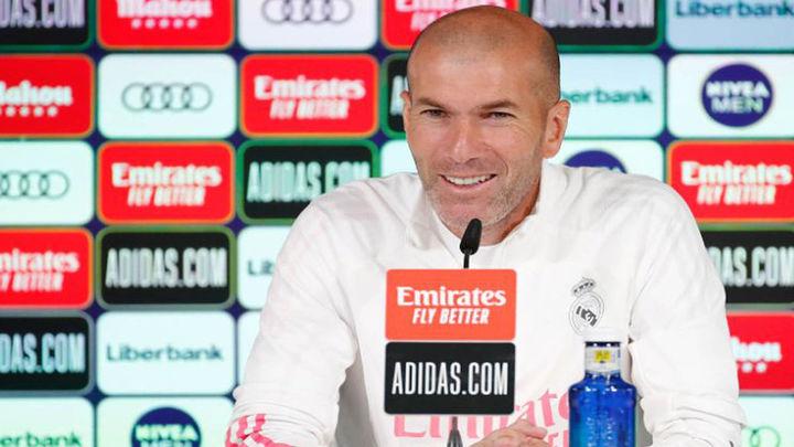 """Zidane: """"Pienso únicamente en los tres partidos"""""""