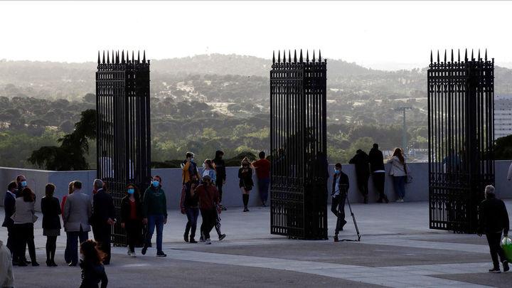 Reabre el mirador de la cornisa del Palacio Real, una de las vistas más emblemáticas de Madrid