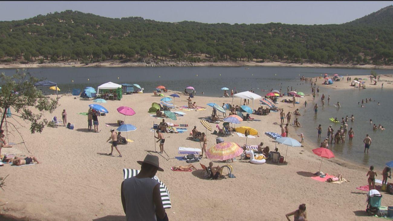 Sanidad aún no permite el baño en la playa Virgen de la Nueva del Pantano de San Juan