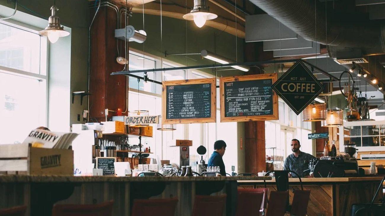 Bares y restaurantes se plantean variar el precio según la demanda