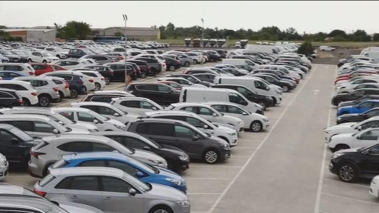 Los vecinos de Algete 'en pie de guerra' contra la campa de coches