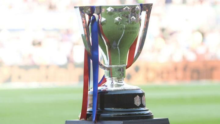 La RFEF entregará este domingo la copa al Atlético si es campeón de Liga