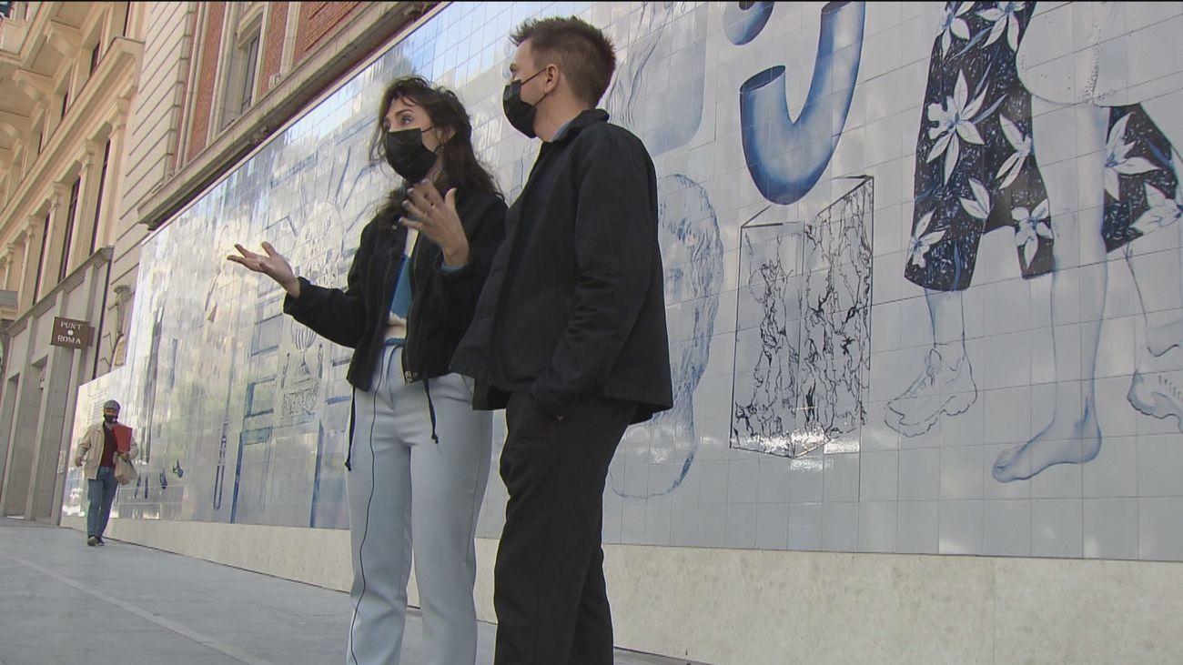 Arte urbano en plena Gran Vía: Un gran mural con azulejos adorna el Palacio de la Música