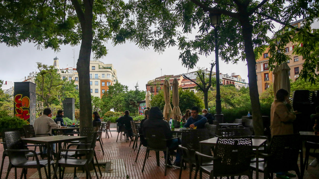 Plaza de Olavide, el pasado lunes, tras finalizar el estado de alarma
