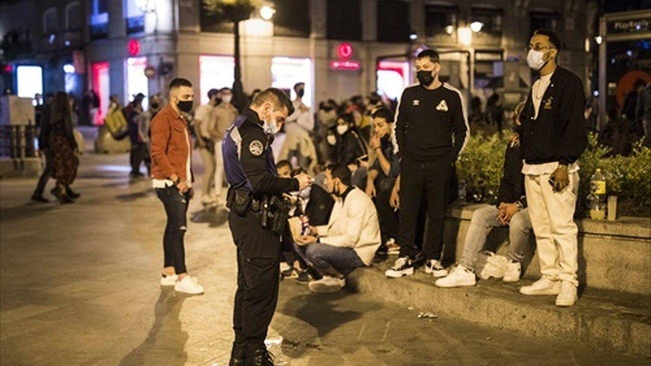 Control de la Policía en la Puerta del Sol