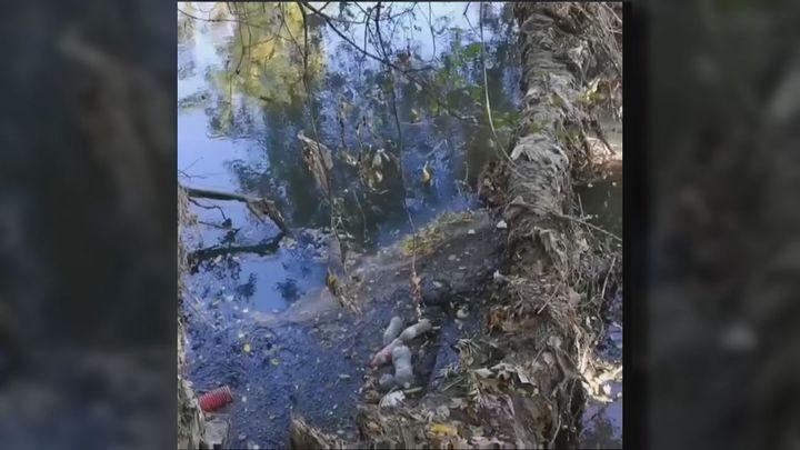 Los vecinos de San Fernando de Henares denuncian una década de vertidos en el Río Jarama