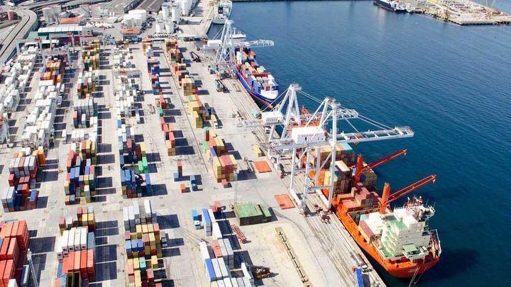 Las exportaciones crecen un 4,9 % el primer trimestre por el impulso de marzo