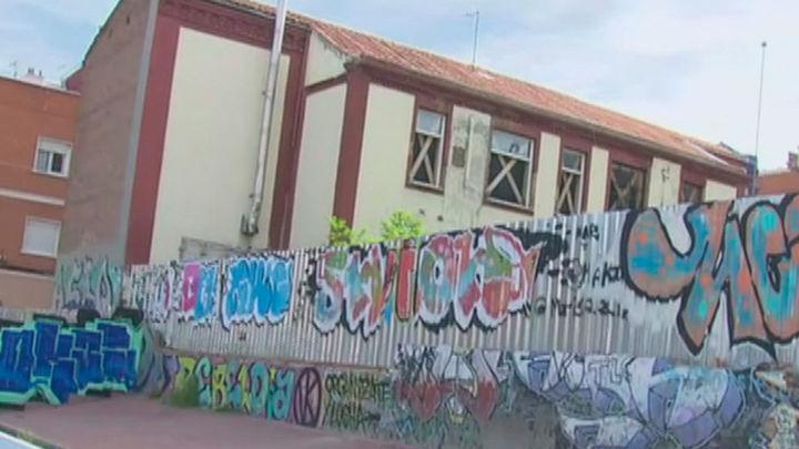 El viejo colegio de San José de Vallecas convertido en un mercado de la droga