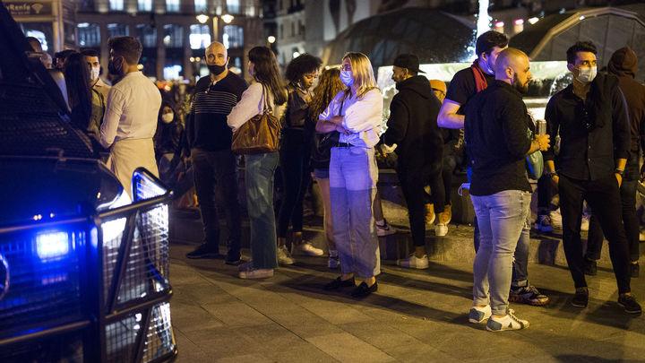 Madrid en San Isidro deja 873 multas de botellón y 459 por no usar mascarilla