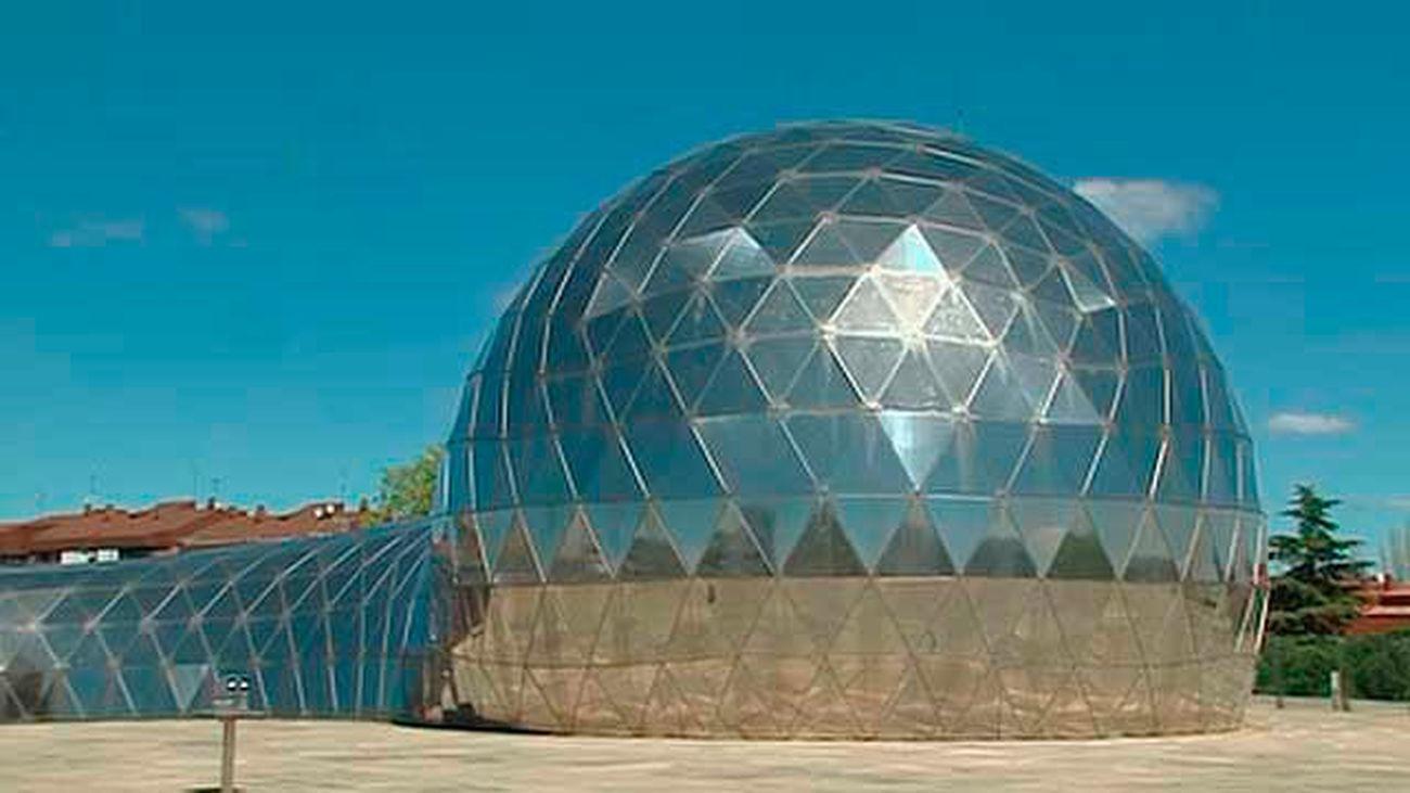 Cúpula del planetario en el  Museo de Ciencia y Tecnología de Alcobendas