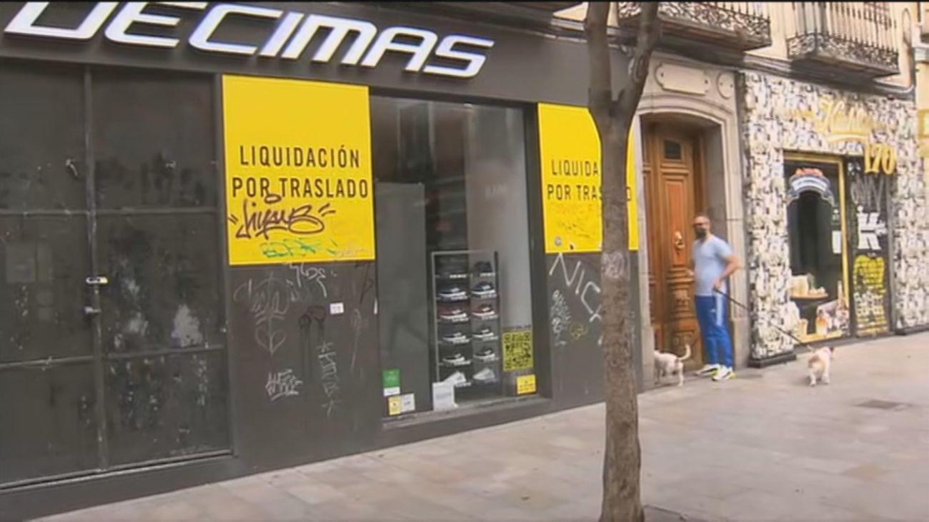La pandemia deja  la calle Fuencarral con el 10% de sus locales vacíos