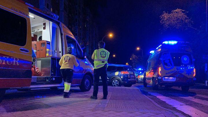 La Policía busca a un joven que persiguió a otro hasta matarlo a puñaladas en una calle de Vallecas