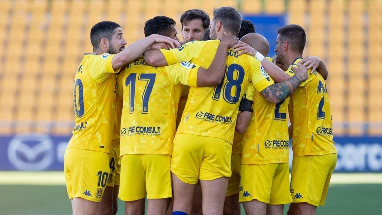 2-0. El Alcorcón gana al Sabadell y se apunta al sueño de la permanencia