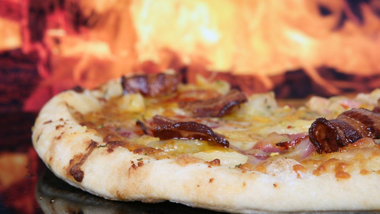 Una pizzería celebra su inauguración con 70 pizzas gratis al día