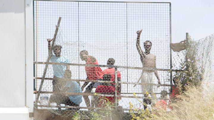 Frustrado un intento de entrada de un centenar de marroquíes a Melilla, el tercero consecutivo
