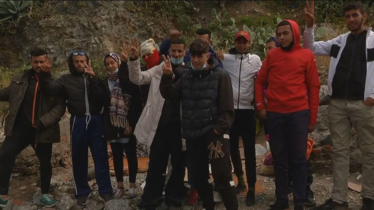 """Madrid cumplirá """"la decisión unilateral del Gobierno"""" de acoger 20 menores extranjeros de Ceuta"""