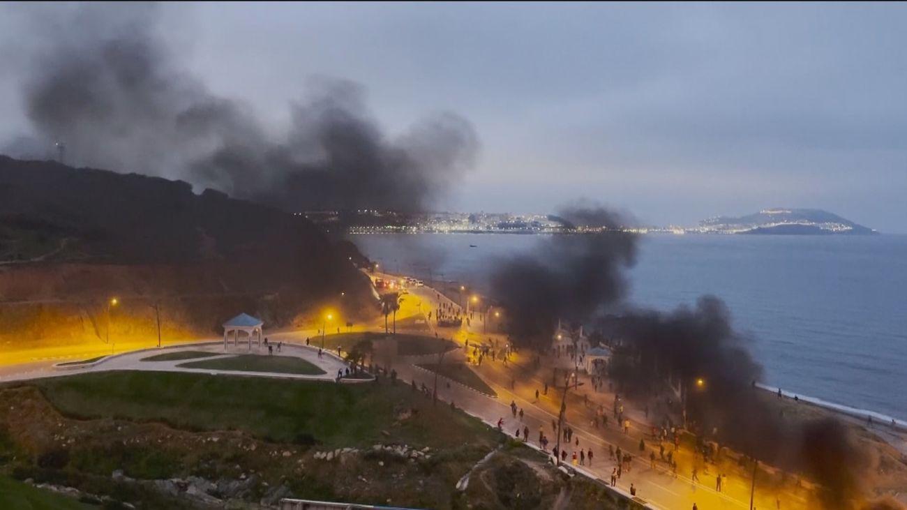 Marruecos fleta autobuses para que los emigrantes regresen a sus casas