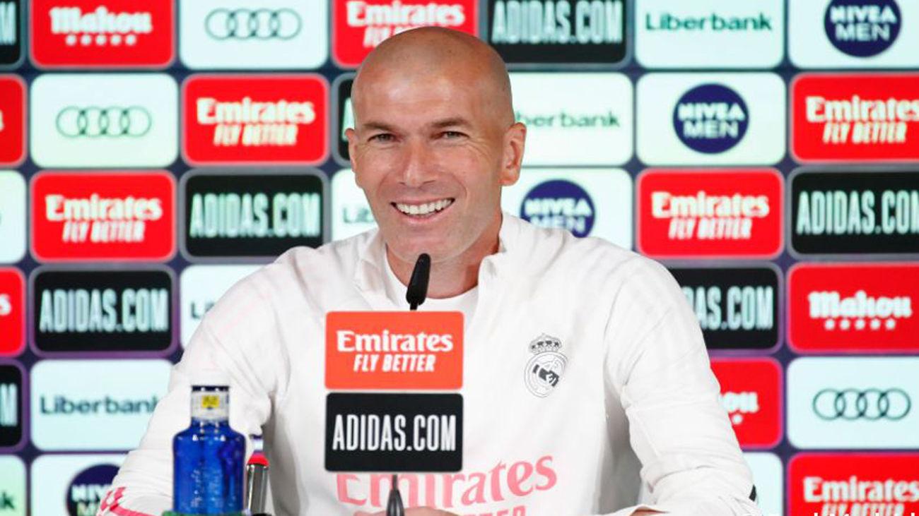 """Zidane: """"Vamos a dar un nivel muy alto para intentar ganar la Liga"""""""