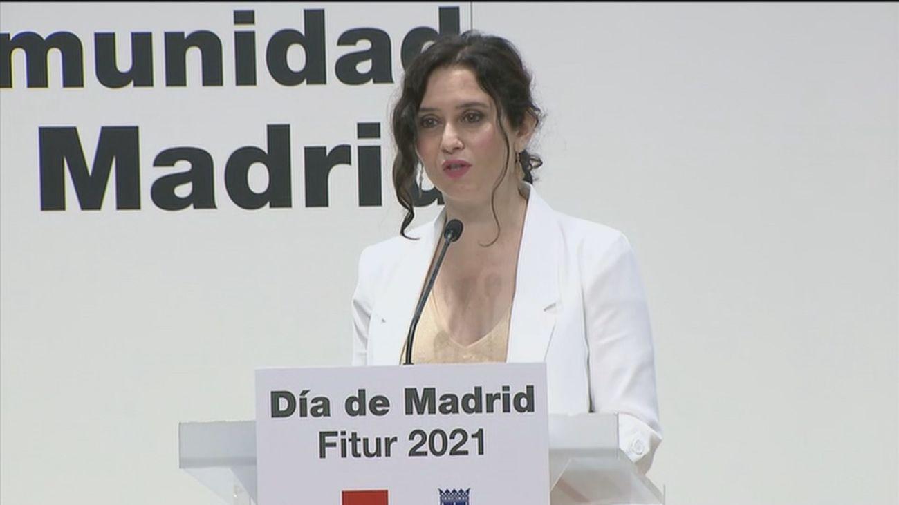Ayuso anuncia que Madrid acogerá en octubre la gala de los Premios Platino del Cine Iberoamericano