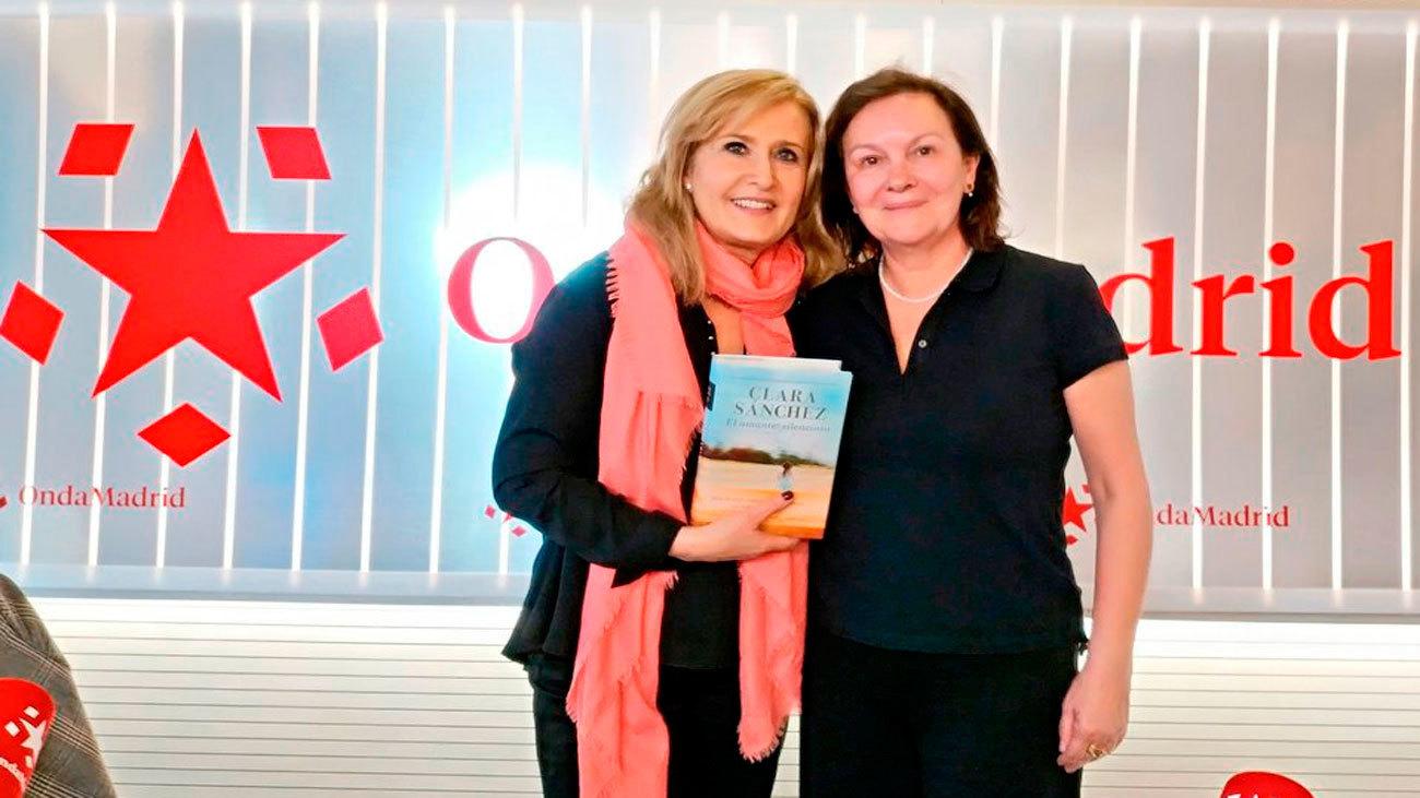 Nieves Herrero con Clara Sánchez