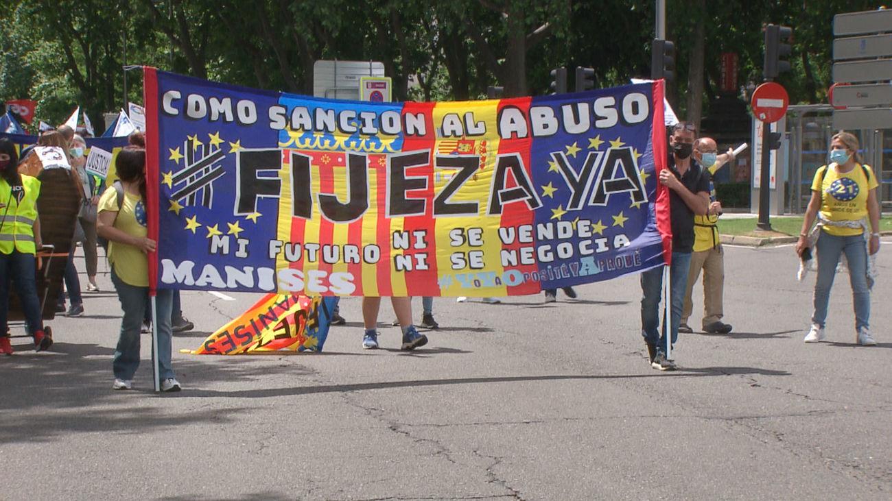 Interinos de la administración pública se manifiestan en Madrid para reclamar la fijeza del empleo