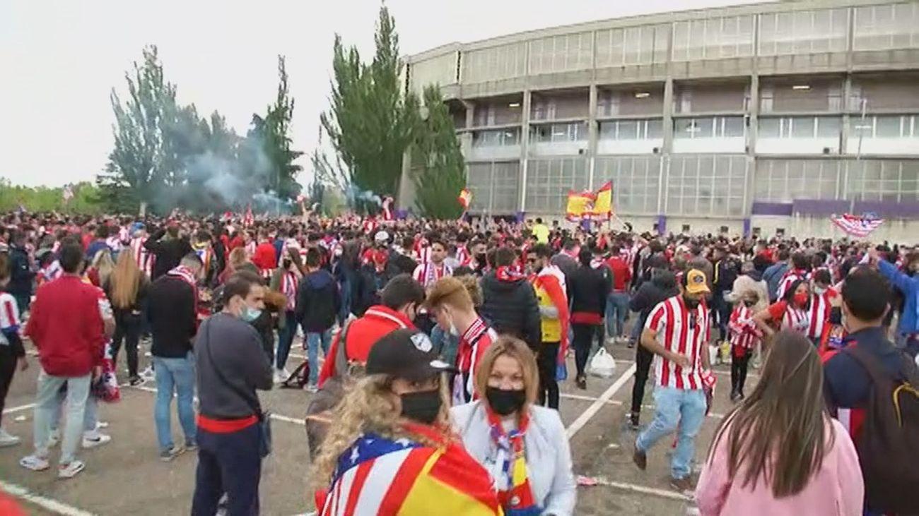 Así celebran los aficionados del Atlético de Madrid la victoria