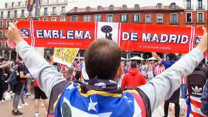 La marea colchonera anima al equipo para ganar en Valladolid