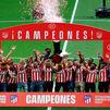 El Atlético de Madrid recibe la copa de campeón de la Liga 2020-21