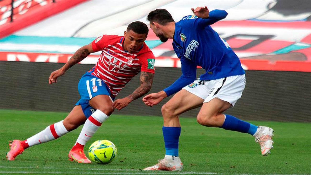 Granada y Getafe empatan sin goles en un partido de trámite