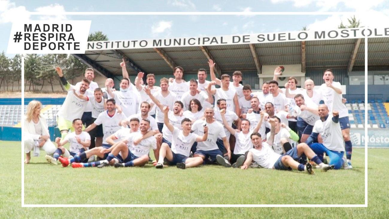 El CD Móstoles asciende a Segunda RFEF tras vencer al Moratalaz