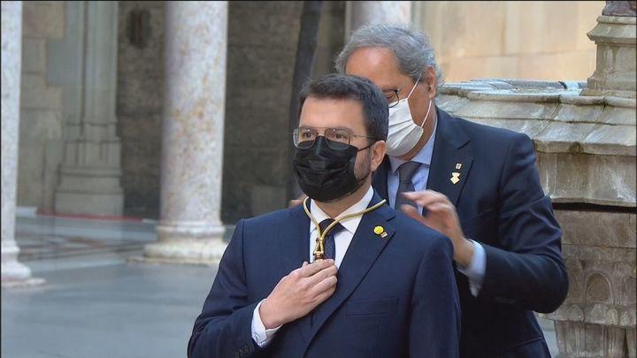 Aragonès promete su cargo sin referencias al rey o a la Constitución