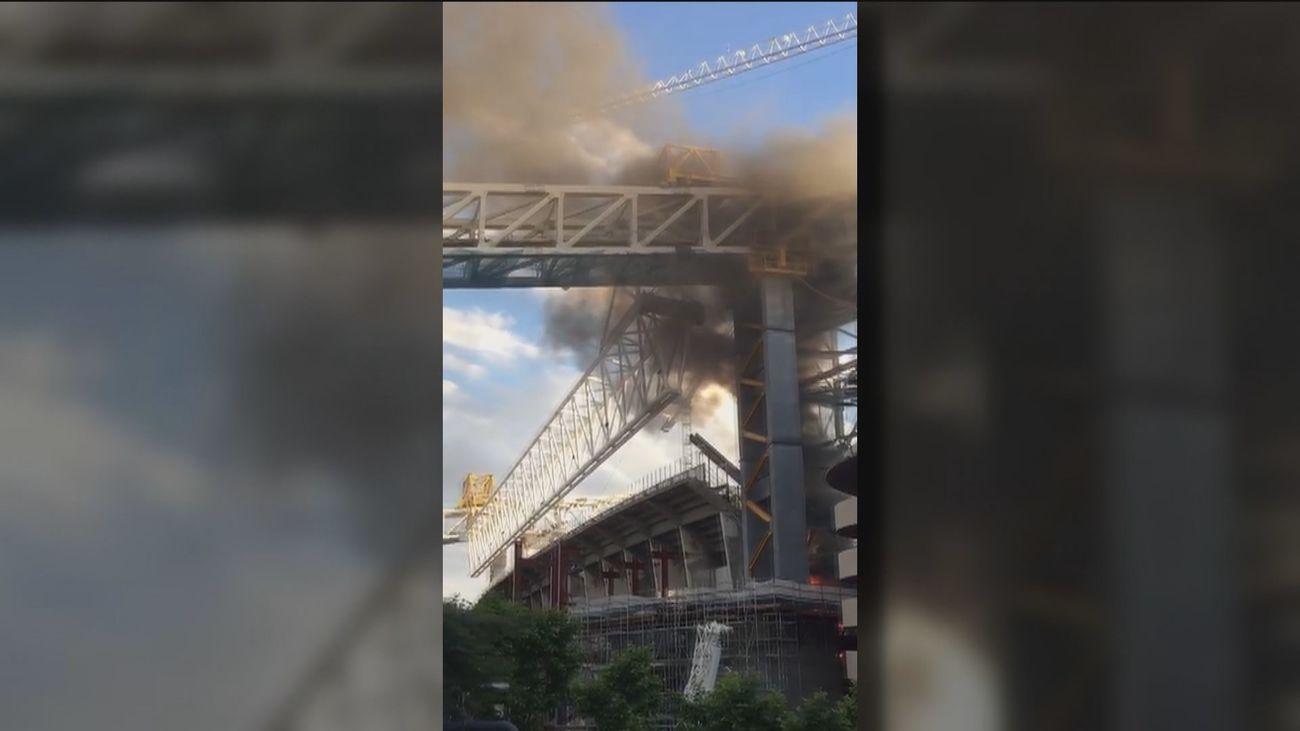Extinguido un pequeño incendio en las obras del estadio Santiago Bernabéu