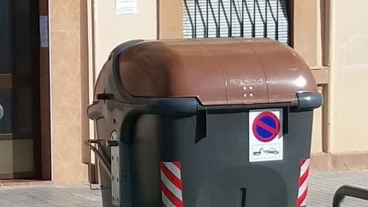 """Rivas instala el contenedor marrón con premios para quienes """"reciclen mejor"""""""